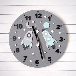 Szaro miętowy zegar dla dziecka kosmos, rakiety