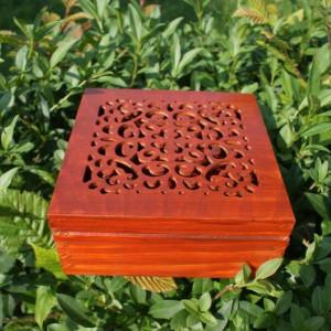 szkatułka drewniana ażurowa