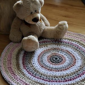 sznurkowy dywanik