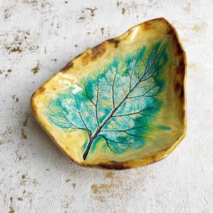 Talerz ceramiczny dekoracyjny liść 2