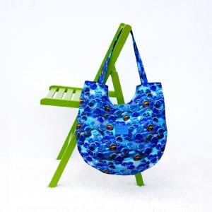Torebka z tkaniny wodoodpornej w błękitne kulki