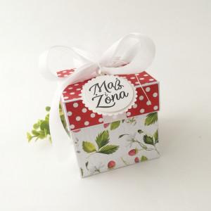 Truskawki - pudełko ślubne