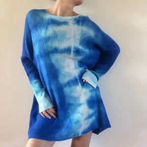 Unikatowy ręcznie barwiony wełniany sweter