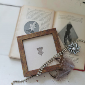 Vintage gorset,  miniatura, akwarela