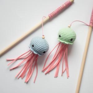 Wędka dla kota zabawka Meduza duo pastelowa