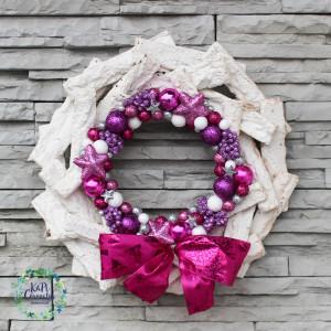 Wianek świąteczny, bożonarodzeniowy na drzwi nr.04