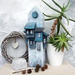 Wieża, drewniana dekoracja, biało-niebieska