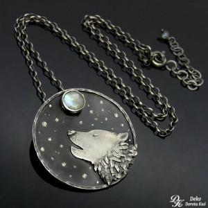 Wilk w księżycową noc – naszyjnik
