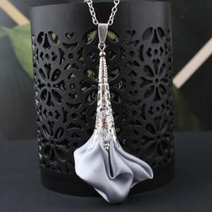 Wisiorek Silk Ażurowy Długi Srebrny