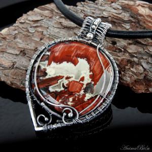 Wisiorek srebrny dwustronny z czerwonym jaspisem