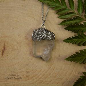 Wisiorek talizman surowy kryształ górski 3