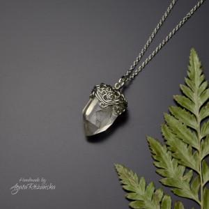 Wisiorek talizman surowy kryształ górski 5