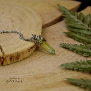 Wisiorek talizman zielono żółty kryształ górski