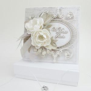 Z kwiatkami - w pudełku