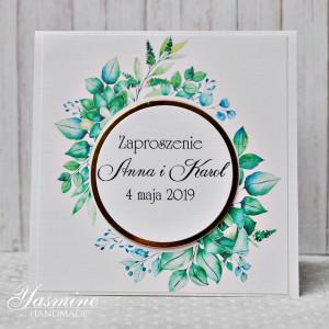 Zaproszenia ślubne z pięknym zielonym wiankiem