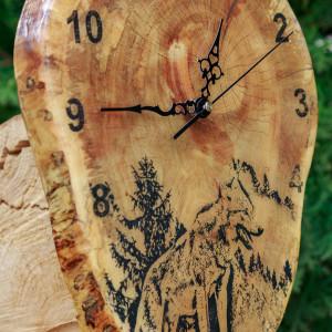 Zegar czereśnia z żywicą epoksydową W2