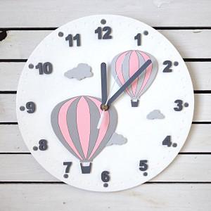 Zegar dla dziewczynki z balonami i chmurkami