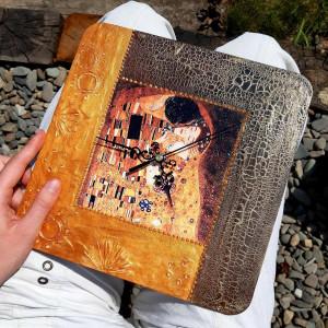 Zegar rękodzieło- G.Klimt- Pocałunek