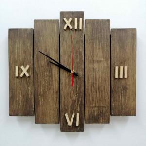 Zegar ścienny drewniany z desek mały drapany