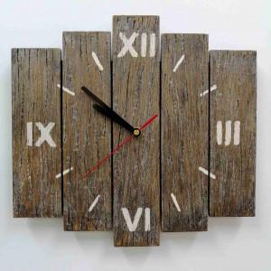 Zegar ścienny drewniany z desek mały kreski