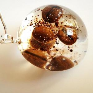 Ziarenka kawy w półkuli z żywicy, 42 mm