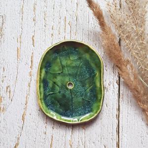 Zielona mydelniczka z listeczkiem