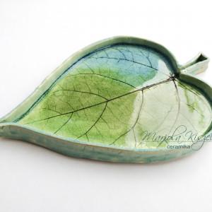 Zielony liść paterka ceramiczna