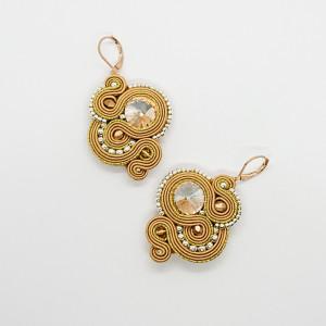 Złote kolczyki sutasz z kryształkami