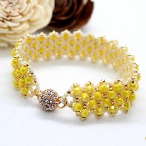 żółta bransoletka z kryształków na magnes